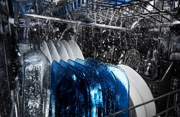 reasons your dishwasher isn't drying dishes