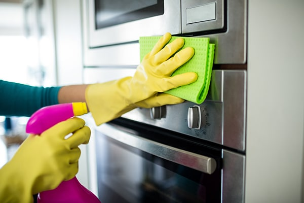 how to clean in between oven glass